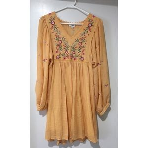 Umgee NWT yellow Floral Embroidered Dress